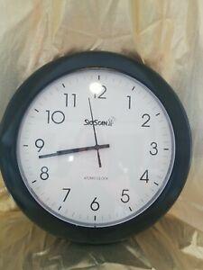 Vntg SkyScan Large Wall Clock Atomic Clock