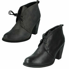 LADIES SPOT ON LACE UP ROUND TOE HIGH BLOCK HEEL WINTER CASUAL ANKLE BOOTS F5806