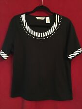 Ladies Black Knit Pullover Top With White Accents, Size L, Excellent Condition