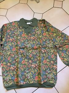 Vintage But New With Tags Sweatshirt Style Top Size 164/170 Green  Pattern