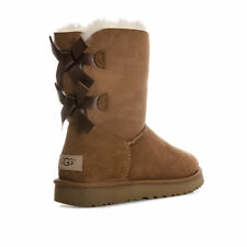 NIB UGG Women's Bailey 2 Bows II Boots Chestnut Size US 9 EUR 40