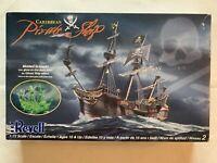 REVELL Caribbean Pirate Ship 1:72 Model Easy Level 2 85-0386 Complete