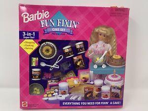 BARBIE FUN FIXIN CAKE SET #67431 *NEW*