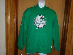 New York Yankees Stitches Men's St. Patrick's Day Green Hooded Sweatshirt S NWT