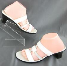Munro American Low Heel Sandals White Silver Leather Sz 10N