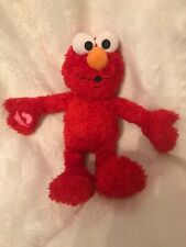 2007 Fisher Price Many Kisses Elmo Sesame Street Talking Plush Toy