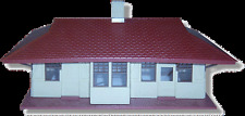 Bachmann Plastiville #45972 Rural Passenger Station Snap Together Kit snap-fit