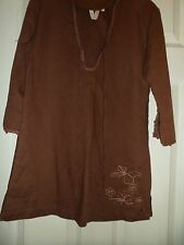brown linen/cotton top embroided,size 10 L/ sleeve 3/4 length,V neck, by animal