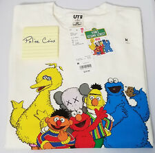 UNIQLO KAWS X SESAME STREET SWEATSHIRT ELMO & COOKIE MONSTER OFF WHITE SIZE M
