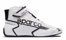 Bottes et chaussures sport noirs pour automobile, taille 43