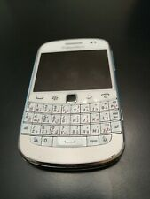 BlackBerry Bold 9900 - 8GB white Smartphone - Touch Qwerty