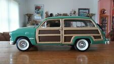 SUNNY SIDE 1/24 SCALE FORD WOODY WAGON DIECAST CAR