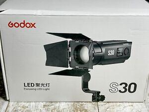 Godox S30 Focusing LED Light