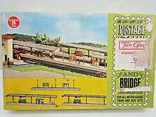 VINTAGE AURORA POSTAGE STAMP BUILDING & BRIDGE SERIES N GAUGE STATION PLATFORMS