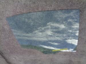 2014 BMW F30 320i 3-SERIES REAR DOOR WINDOW GLASS RIGHT PASSENGER SIDE OEM