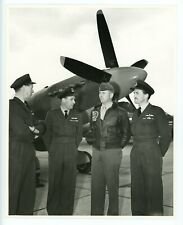 Photograph of Supermarine Spitfire PR.XIX P5853 with CFE Crew 1962