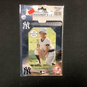 MLB New York Yankees Magnet Vinyl Photo Frame Set