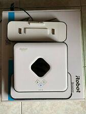 iRobot Braava 390t Lavapavimenti 2 in 1 Pulizia a Secco e a Umido