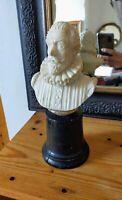 Cervantes Buste en pierre sculptée ( marbre ou albatre ? ) sur socle en bois 25,