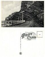 CANADA Postcard - Quebec, Cliffs on Perron Blvd (B17)