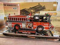 CODE 3 Chicago Fire Department Luverne Pumper E-102 Truck 1:32 Scale Diecast