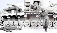1/35 Resin WWII German Wounded Tankers 4 Soldiers Unassembled Unpainted BL684