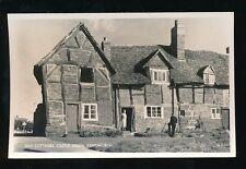 Warwicks Warwickshire KENILWORTH Castle Green Old Cottages c1930/40s? RP PPC