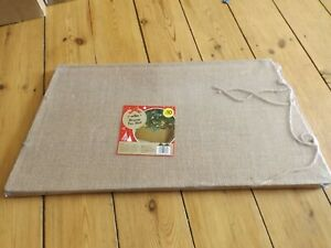 HESSIAN CHRISTMAS TREE SKIRT new base 55 cms x 55 cms