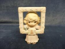 """Precious Moments """"You're As Pretty As A Picture"""" Members Figurine NO BOX"""