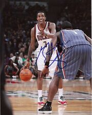 MILWAUKEE BUCKS BRANDON JENNINGS SIGNED 8X10 PHOTO W/COA B