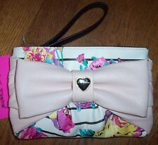 NWT Betsey Johnson FLORAL WRISTLET/CLUTCH Zip Purse Bag Blush Pink Bow Cream