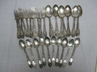 "30 PCS 1881 ROGERS 1908 ""LA VIGNE"" SILVERPLATE FLATWARE"