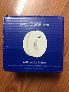 Samsung SmartThings ADT Smart Smoke Alarm White