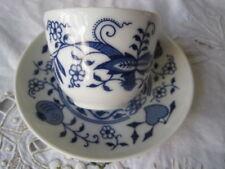Kaffee- & Teegeschirr aus Porzellan mit Zwiebelmuster