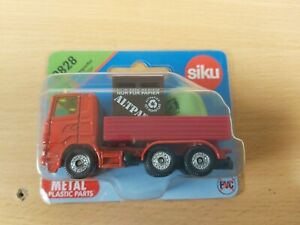 SIKU 828 SCANIA 3-Axle FLAT-BED Truck with 2 x Recycling CONTAINERS MINT on Card