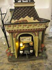 Dept 56 GRIMSLY'S GARAGE - Snow Village Halloween - #54706  (416SH&DJ)