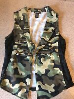 Wet Seal Women's Military Army Camo Lightweight jacket Vest Size S Lace Sides