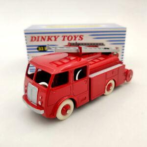 Atlas Fourgon Incendie Premier Secours Berliet Dinky toys 32E Diecast Models
