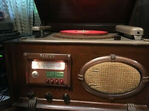 Antique 1940's Wilcox-Gay Recordio model 6B30 With Mic and blanks