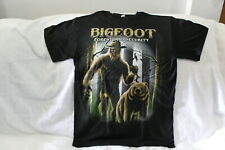 BIGFOOT FORESTLAND SECURITY BEAR TREES FOREST SASQUATCH FUNNY T-SHIRT