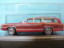 Ford LTD Country Squire wood panelled Station Wagon 1968  by Kess 1:43rd Italian