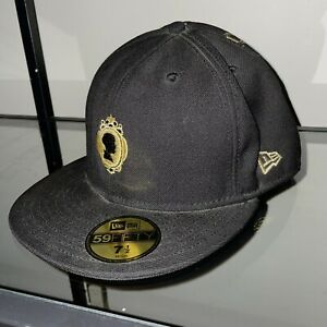 """Limited Edition Dilla New Era """"The Shining"""" Black SZ 7 1/2 ULTRA RARE Pre-Owned"""