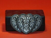 Pre-Owned Women's Fancy Etched 3 Heart Belt Buckle