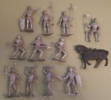 Vintage Marx Carry-All Action Playset FIGHTING KNIGHTS-12 Piece Lot