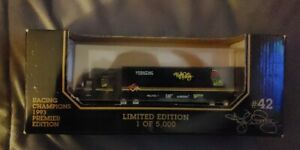Racing Champions 1993 Premier Edition Geoff Bodine #15 Ford Tractor Trailer 1:87