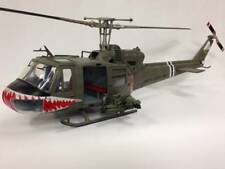 Merit 60028 - 1/18 us uh-1 Huey - 174th Assault Company-terminado modelo-nuevo