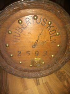 Alte Bierfassboden Uhr. Wanduhr Hubertus Köln