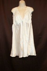 Flora by Flora Nikrooz T80468X IVORY 101 1X Orig. $60.00 Polyester RN149600 Gown