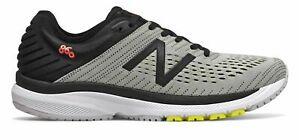 New Balance Men's 860v10 Shoes Grey with Pink