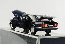 1:18 Mercedes-Benz 560 SEL W126 1985 1991 Dunkel blau Norev NEU